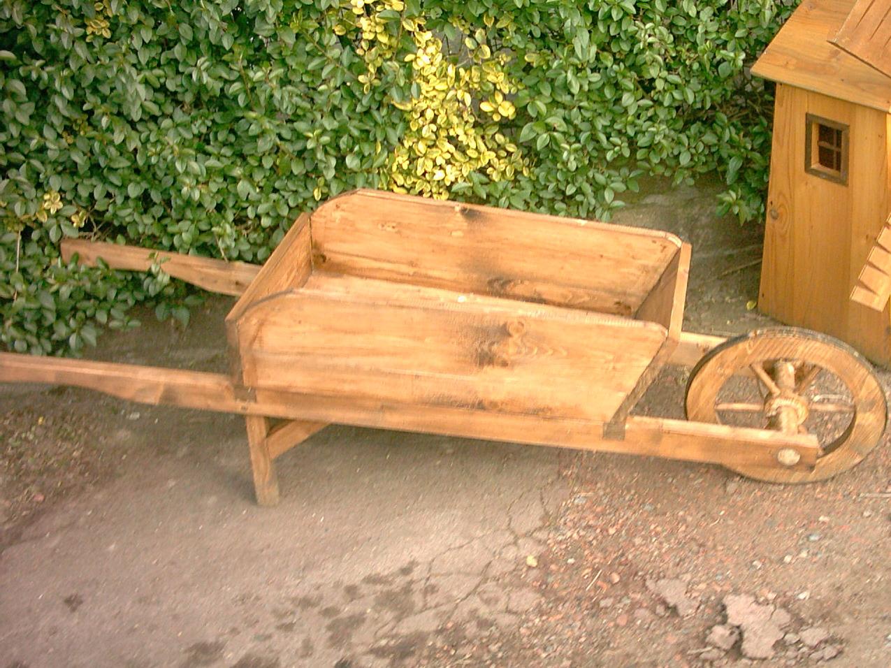 D co jardin et mobilier enfant mes fabrications for Deco bois pour jardin
